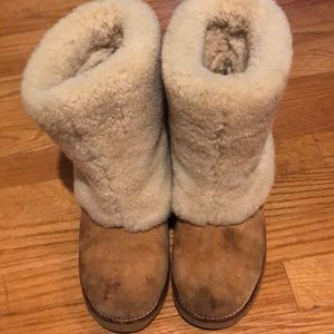 Ugg with shearling
